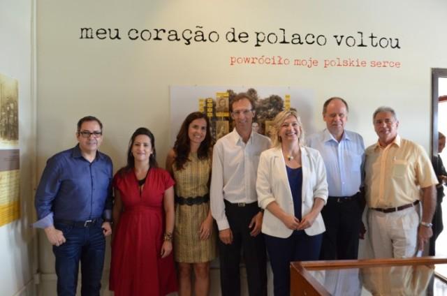 """(Abertura da exposição """"Meu coração de polaco voltou"""" na Colônia Murici em São José dos Pinhais, PR.   Foto: Silvio Ramos / PMSJP)"""
