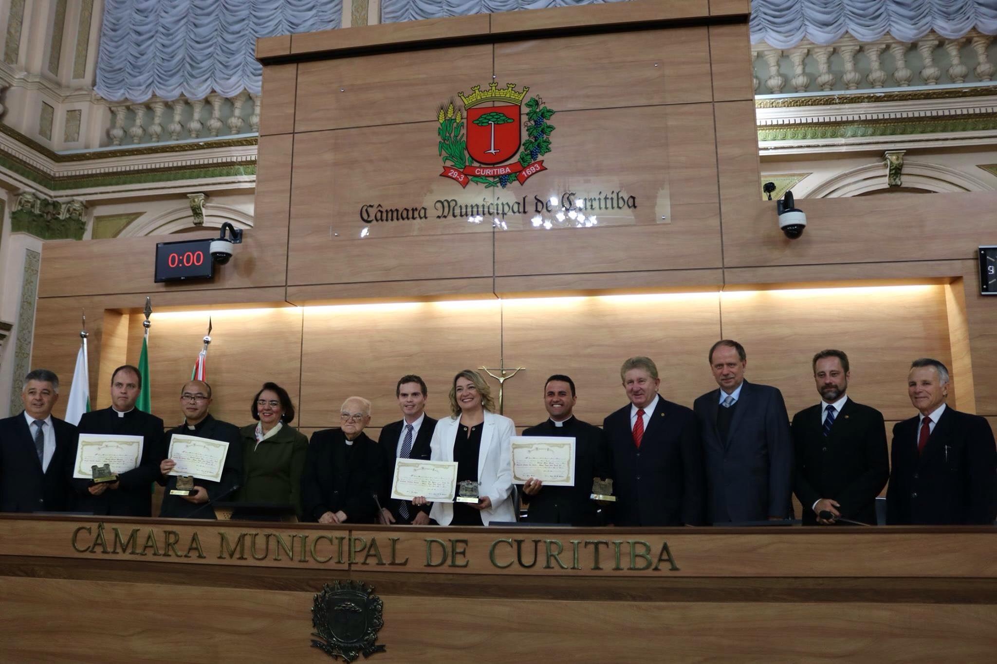(Prêmio João Paulo II - Foto: site do vereador Tito Zeglin)