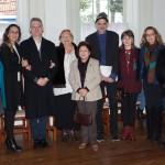 Professora Lilian Wachowicz ladeada pelo filho, amigos e diretores da Casa da Cultura Polônia Brasil